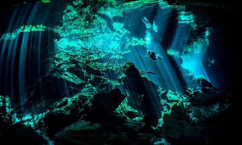 Best scuba diving in mexico - cenotes - el mejor buceo en mexico