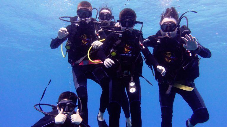 Bucear en Familia En El Caribe - todos juntos