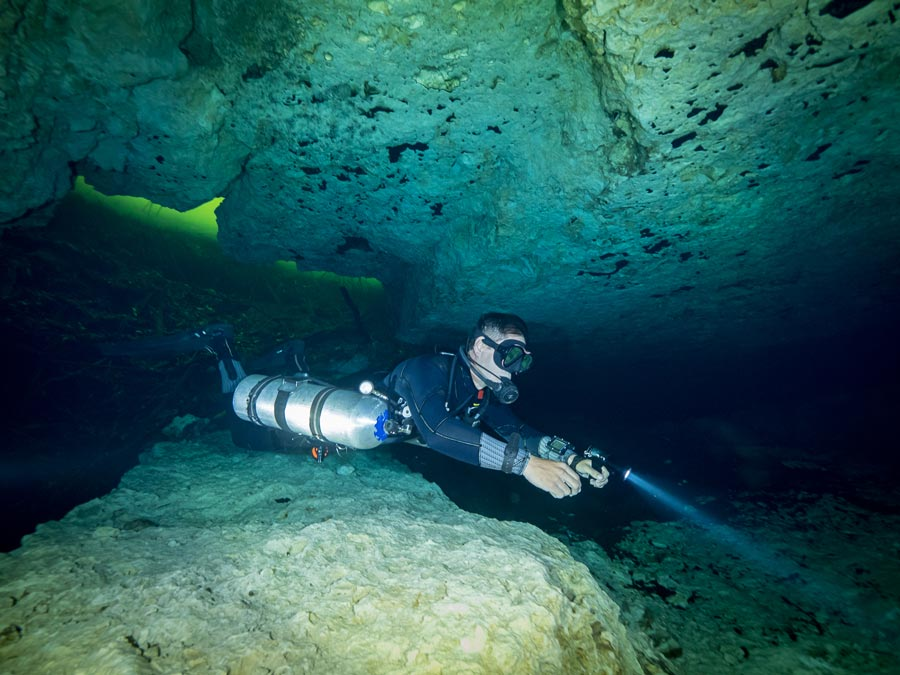 Cave diving certification - principal