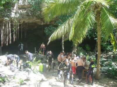 Cenote excursion plongée