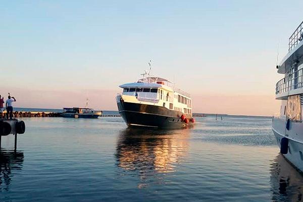 Cuba liveaboard diving - vessel 1