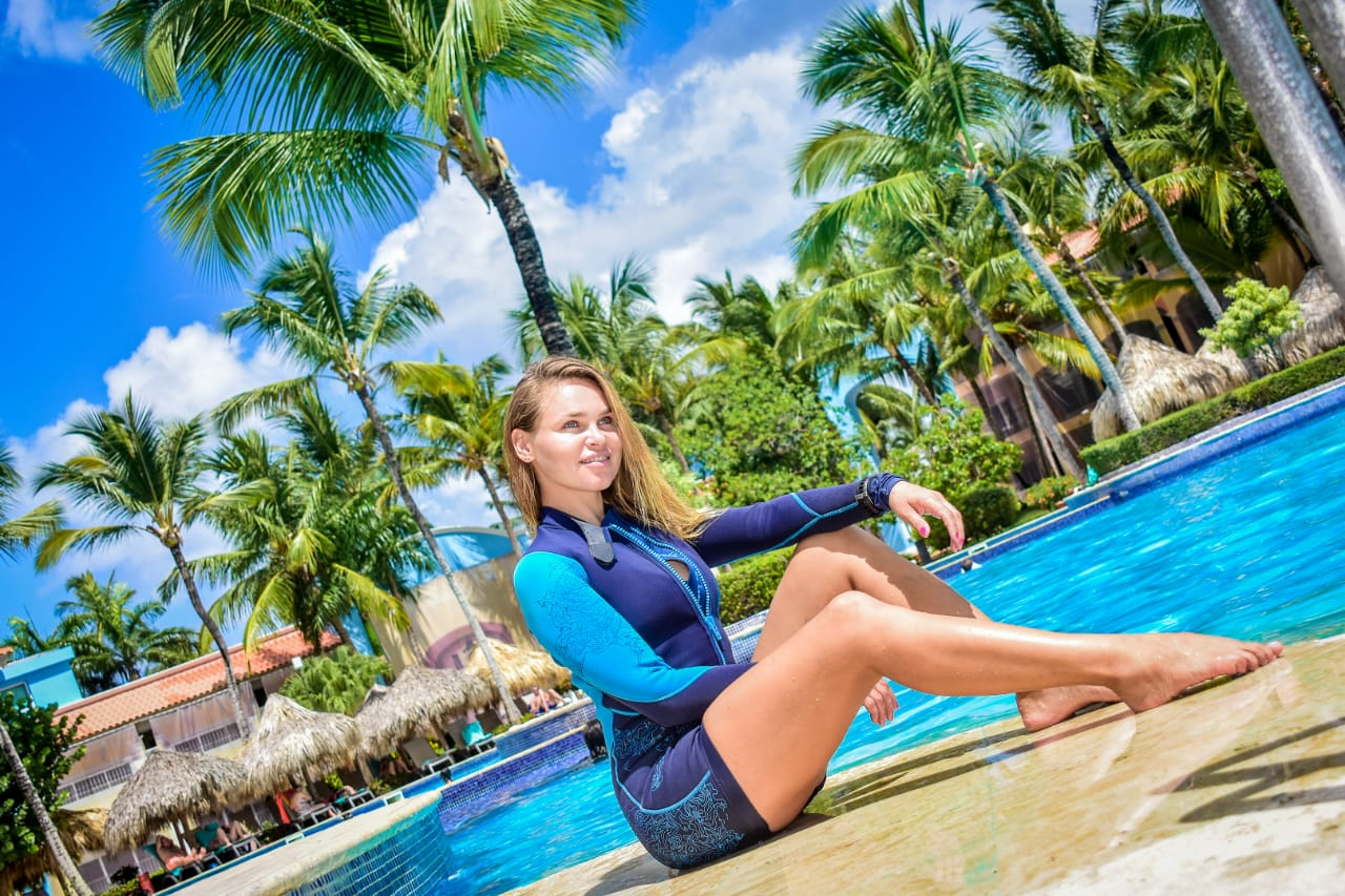 Dive Instructor in Dressel Divers Bayahibe - Aliona pool