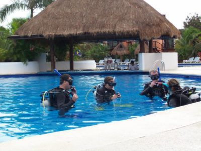 diving instructor work
