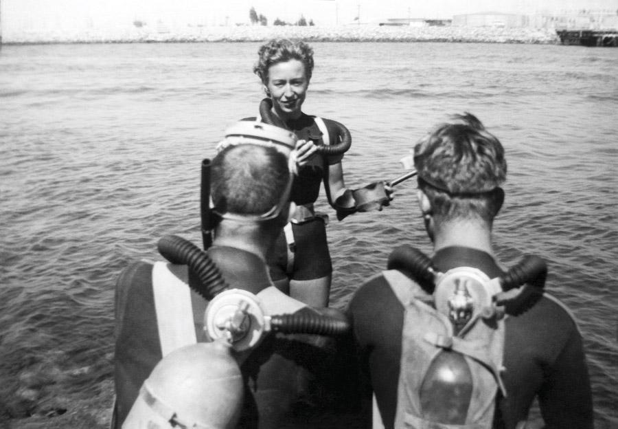 Diving fashion - antique