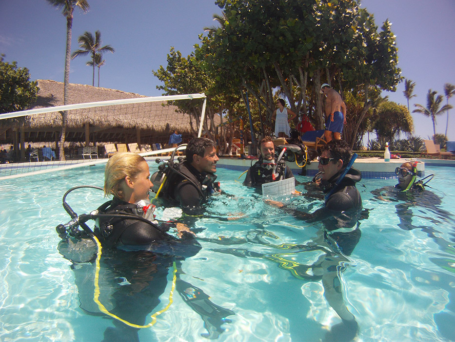 How To Become a Scuba Diving Instructor - Dominican Republic