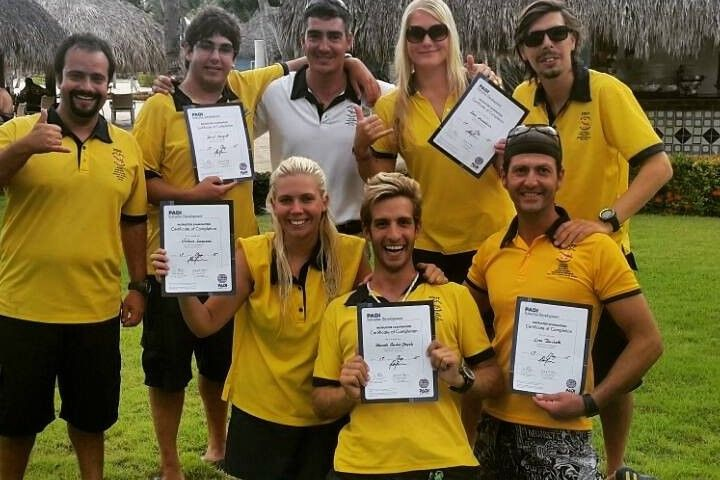 PADI Dive Instructor Courses & Internships
