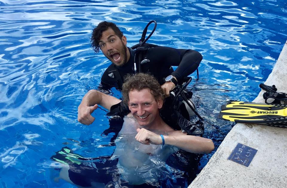 PADI Dive Instructor Dressel Divers Cozumel - Hugo and student