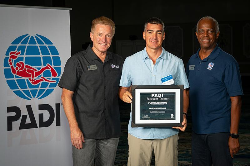 PADI Platinum Award - Cris Dressel Divers