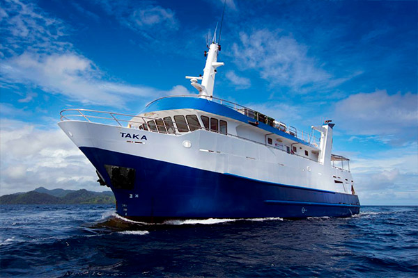 Papua New Guinea Liveaboard Diving - premium vessel