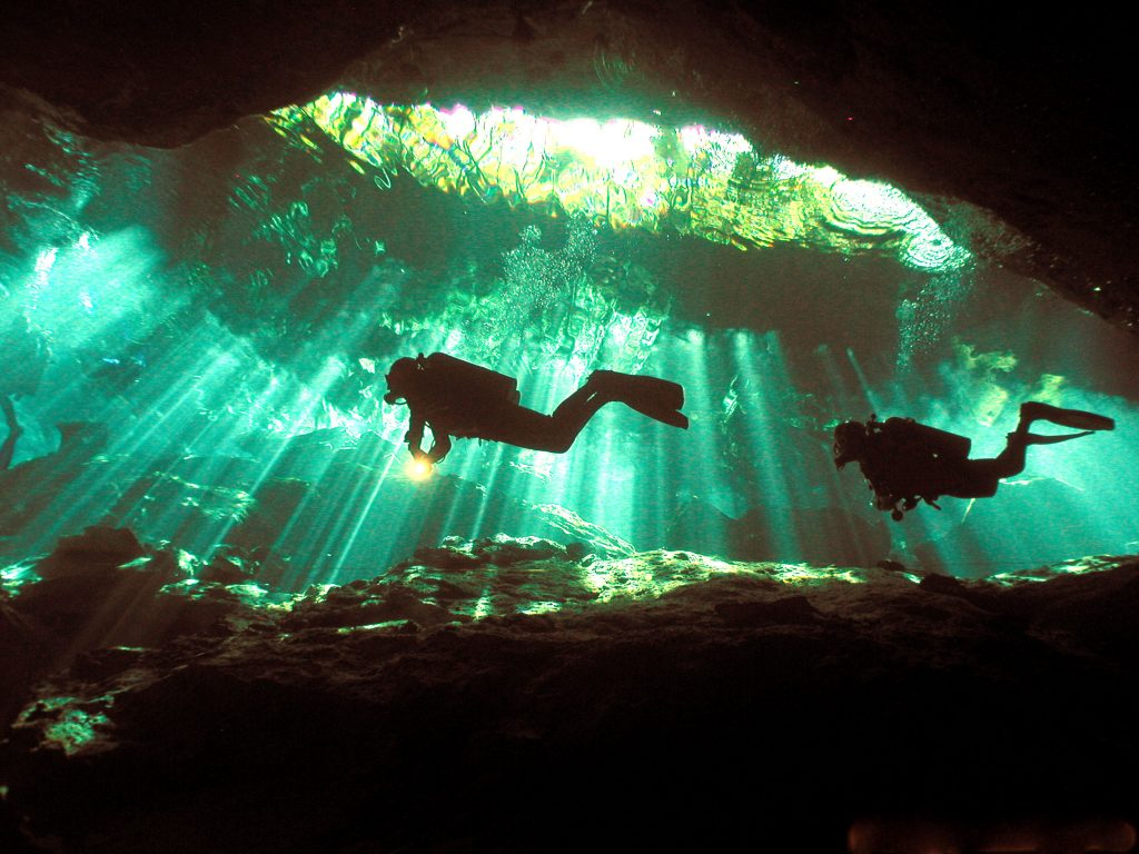 Scuba Vacations In the Caribbean - Cenotes Puerto Aventuras