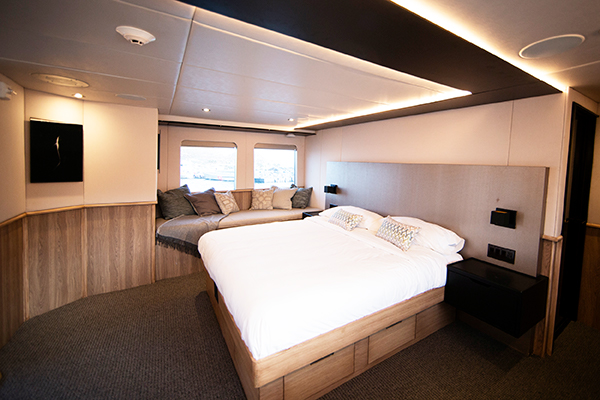 Socorro liveaboard diving - master suite