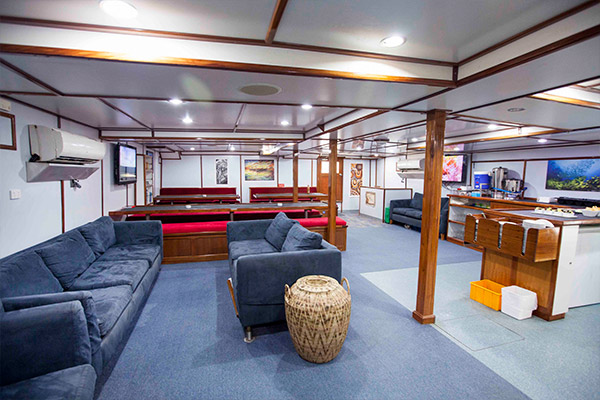 Solomon Islands Liveaboard Diving - dinning room