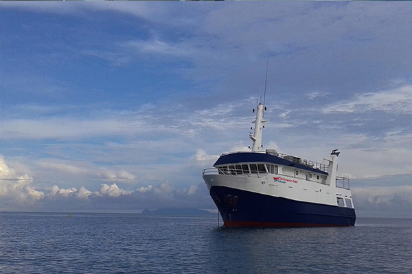 Solomon Islands Liveaboard Diving - premium boat