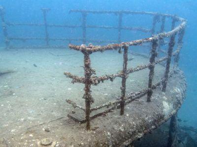 diving wreck