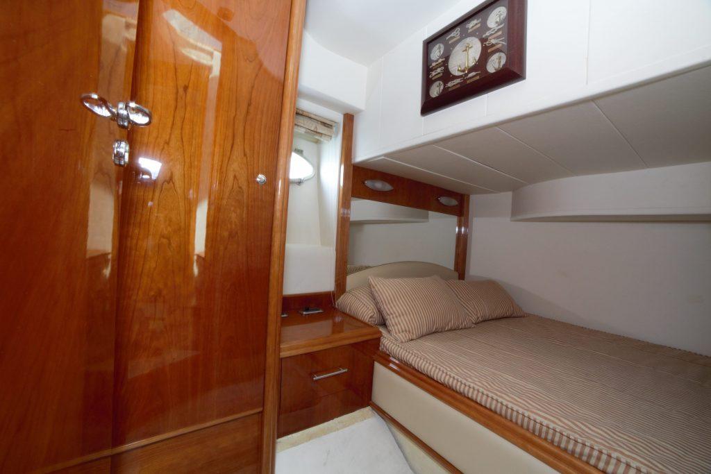 Yacht Excursion in Mexico - Astondoa 2
