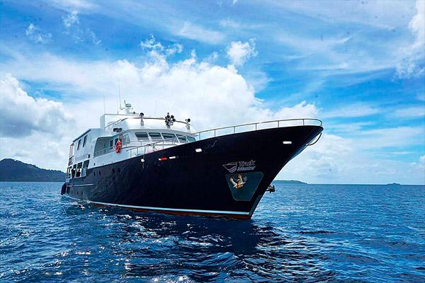 bikini atoll livebaoard - Truk Master 3