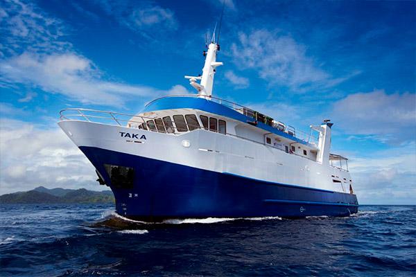 buceo-vida-a-bordo-en-las-islas-salomon-04
