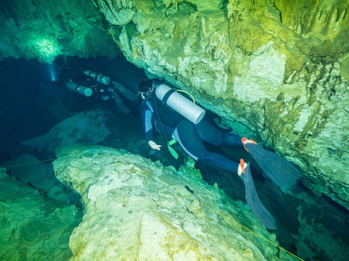 certificación de buceo en cuevas - 2