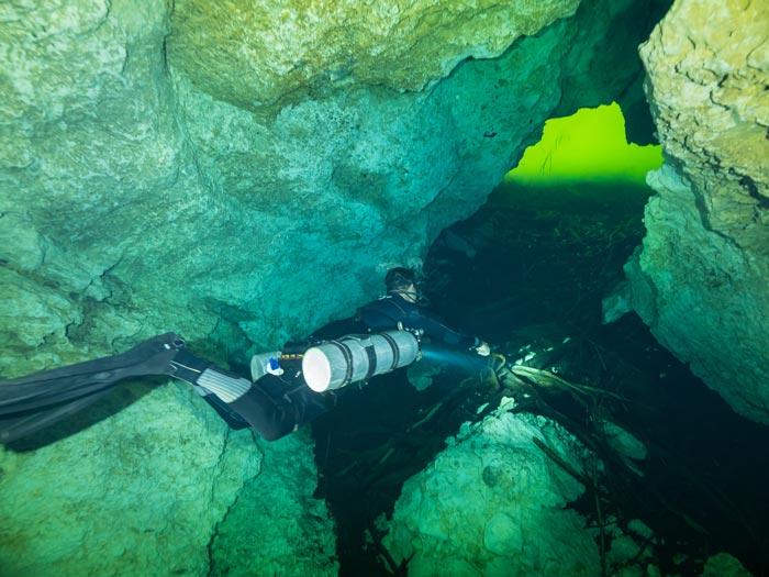 certificación de buceo en cuevas - 3