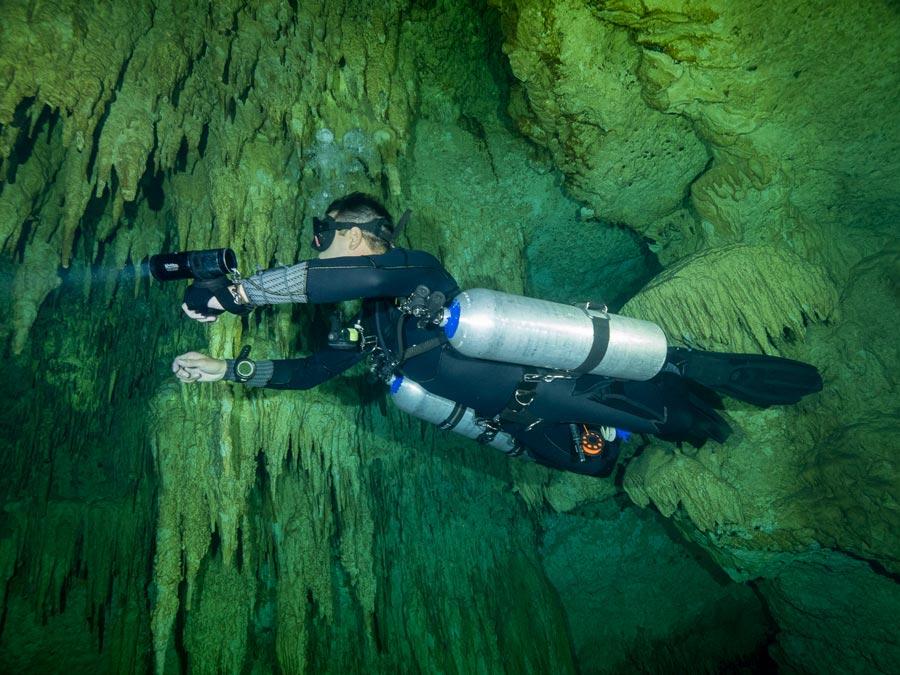 certificación de buceo en cuevas - 4