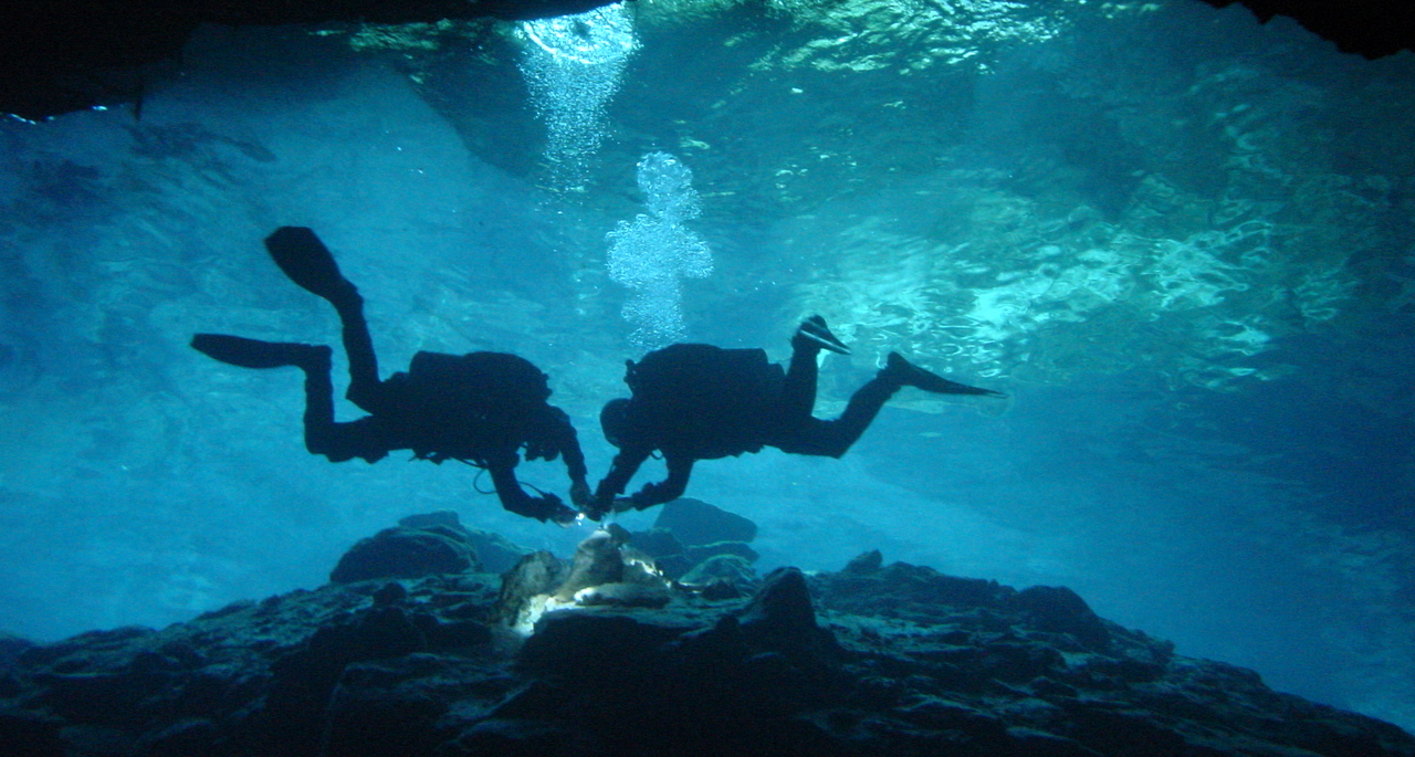 best cruise ship stops for scuba diving in the Caribbean Cenotes