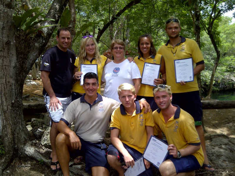 PADI Instructor Course or Internship