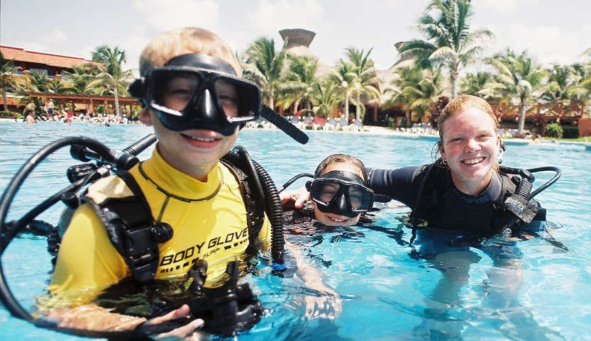 scuba diving age restrictions - bubblemaker course