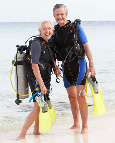 scuba diving age restrictions - couple