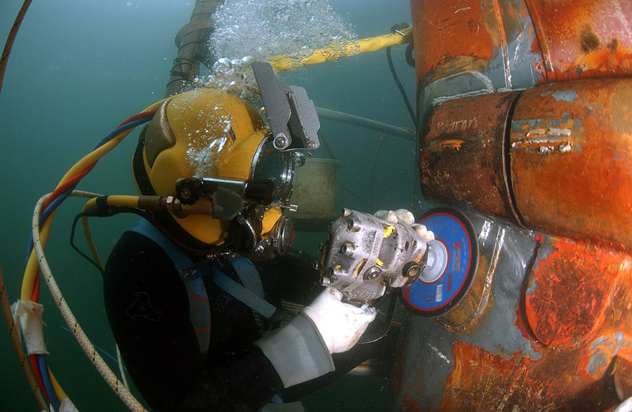 scuba diving career - commercial diving