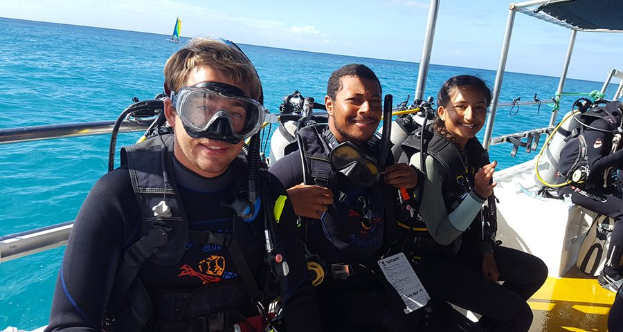 scuba diving certification levels - main picture