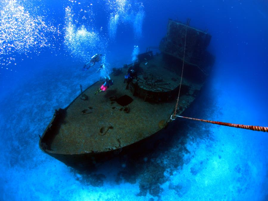 shipwreck in Chankanaab Cozumel (main)