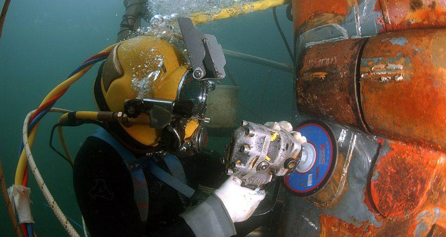 trabajos de buzo - commercial diving