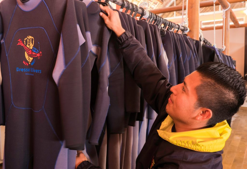 Scuba Wetsuit Thickness Guide: How To Choose The Perfect ...