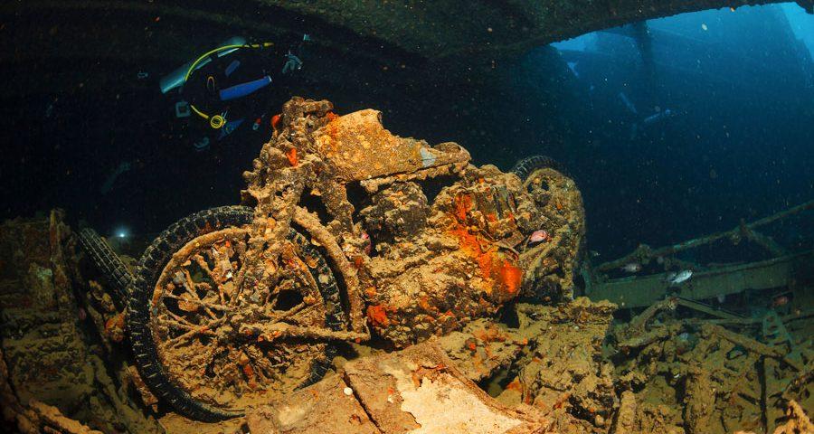 wreck diver - 3